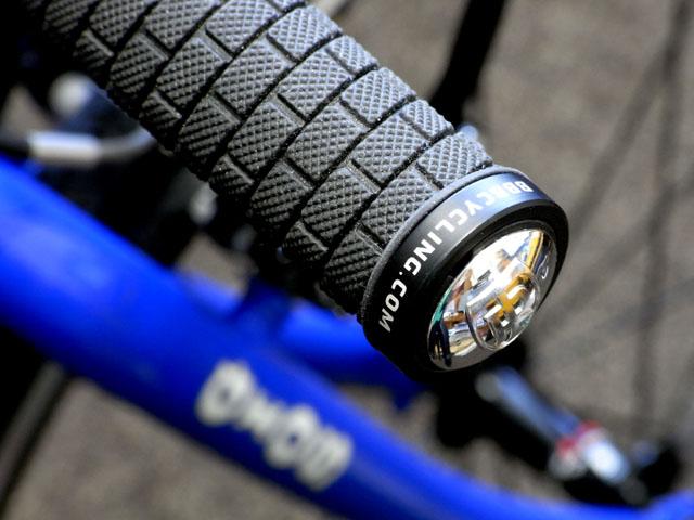 自転車の 自転車 サドルカバー 手作り : グリップのエンドストップには ...